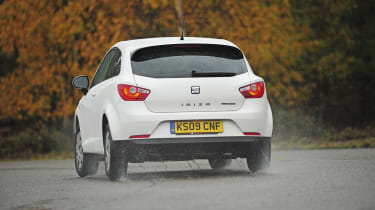 SEAT Ibiza Ecomotive Vs. Ford Firsta ECOnetic