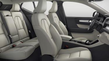 Volvo XC40 - front seats white