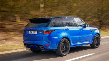Range Rover review - rear tracking