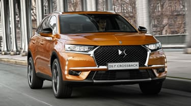 DS 7 Crossback - front tracking