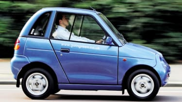 Top 10 worst cars - G-Wiz side tracking