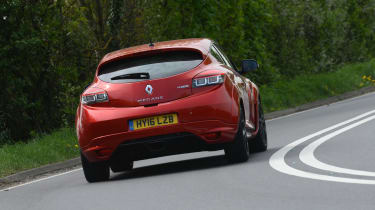 Renault Megane RS 275 Cup-S 2016 rear cornering