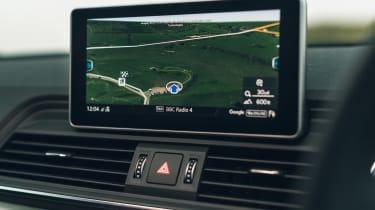 Audi Q5 55 TFSI e - sat-nav