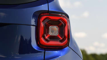 Jeep Renegade - rear light
