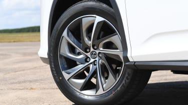 Lexus RX 450h L - wheel