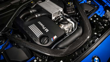 BMW M2 CS - engine