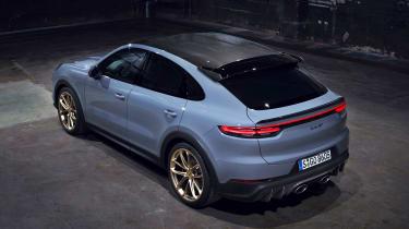 Porsche Cayenne Turbo GT - above static