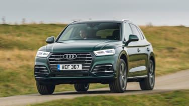 Audi Q5 55 TFSI e - front action