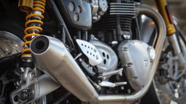 Triumph Thruxton R review - exhaust