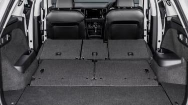 Skoda Kodiaq SUV 2016 - boot seats down