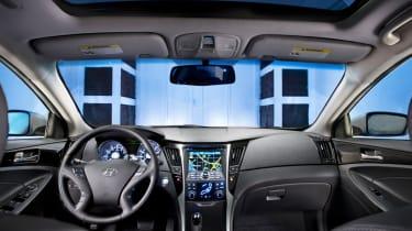Hyundai Sonata Hybrid interior