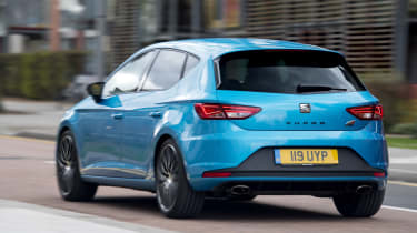 SEAT Leon Cupra 290 2016 UK - rear tracking