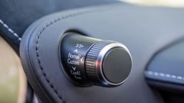 Lexus LC 500 - control