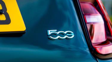 Fiat 500 - 500 badge