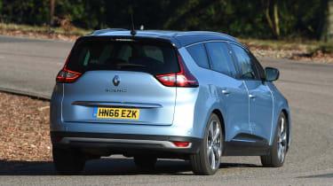Renault Grand Scenic - rear cornering
