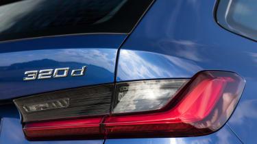 BMW 320d xDrive Touring - rear detail