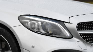 Mercedes C-Class Estate - headlights