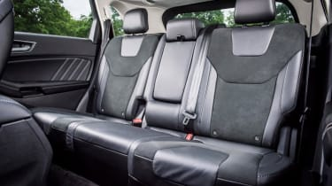 Ford Edge - rear seats