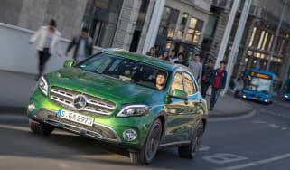 Mercedes GLA 2017 facelift