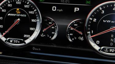 Mercedes S63 AMG 2014 dials