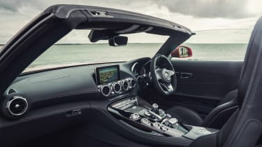 Mercedes-AMG GT C Roadster - dash