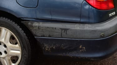 Used Toyota Avensis rear wing