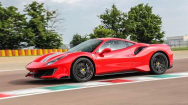 Ferrari 488 Pista - side track
