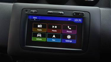 Dacia Duster infotainment