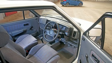 Ford Fiesta XR2 - dash