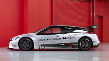 Nissan Leaf Nismo RC - side studio