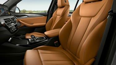 BMW X3 - front seats