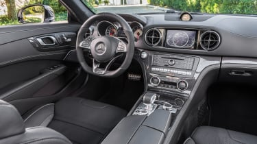 Mercedes SL facelift 2015 interior