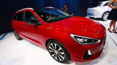 Hyundai i30 Tourer Geneva - side/front