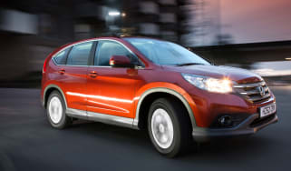 Honda CR-V 2.0-litre petrol 2WD SE front action