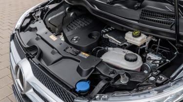 Mercedes V-Class - engine