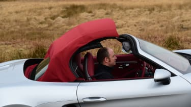New Porsche 718 Boxster 2016 - roof closing 2
