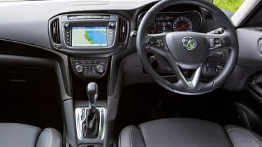 Vauxhall Zafira Tourer - dash