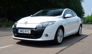 Renault Megane 1.2 TCE front tracking
