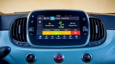 Fiat 500 Mild Hybrid - infotainment