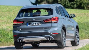 BMW X1 - rear cornering