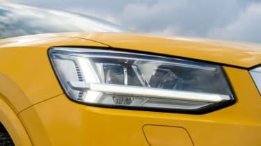 Audi Q2 - front lights