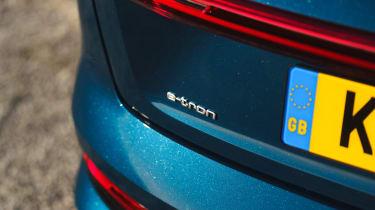 Audi e-tron - e-tron badge
