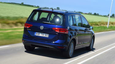 Volkswagen Touran - rear tracking