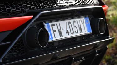 Lamborghini Huracan Evo Spyder - exhausts