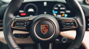 Porsche Taycan - steering wheel