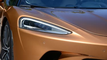 McLaren GT - front light