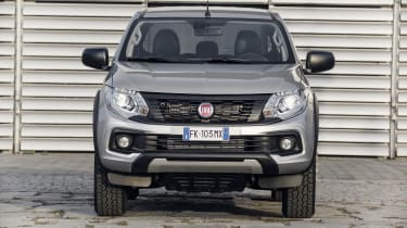 Fiat Fullback Cross - full front
