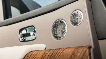 Rolls-Royce Cullinan - door detail