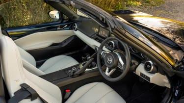 Mazda MX-5 Sport Venture - cabin