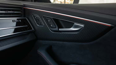Audi RS Q8 - door detail